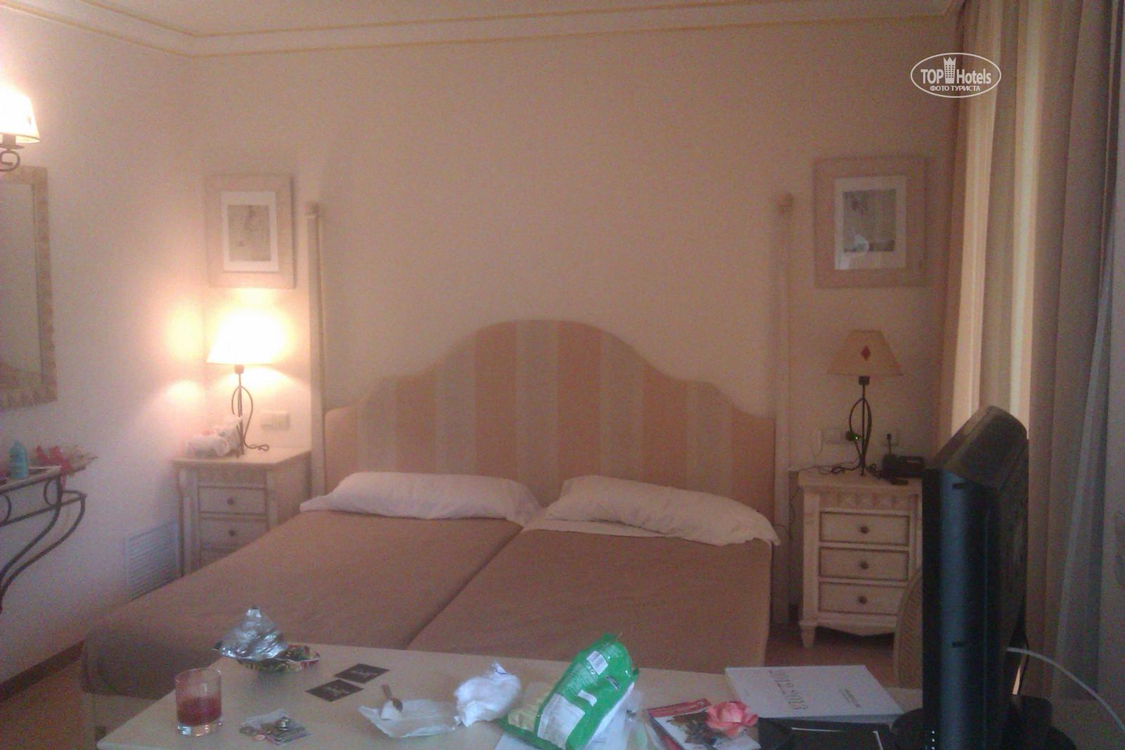 vanity hotel suite spa 4 tophotels. Black Bedroom Furniture Sets. Home Design Ideas