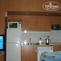 Фото отеля Golden Sands Hotel Apartments 3* один русский канал)