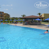 Фото отеля Horizon Beach Resort 4* Бассейн