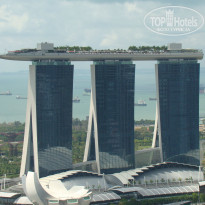 Фото отеля Swissotel The Stamford 5* Marina  Bay  Sands .........вид  из  нашего  номера......