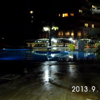 Фото отеля Holiday Resort 4*