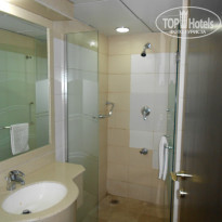Фото отеля Tulip inn Sharjah 4* душ и 2-й туалет