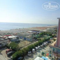 Фото отеля Mayflower Beach Spiaggia 3* Вид из лифта отеля